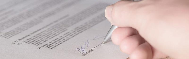 Mietvertrag Unterschriften Ergänzungen Vollmachten